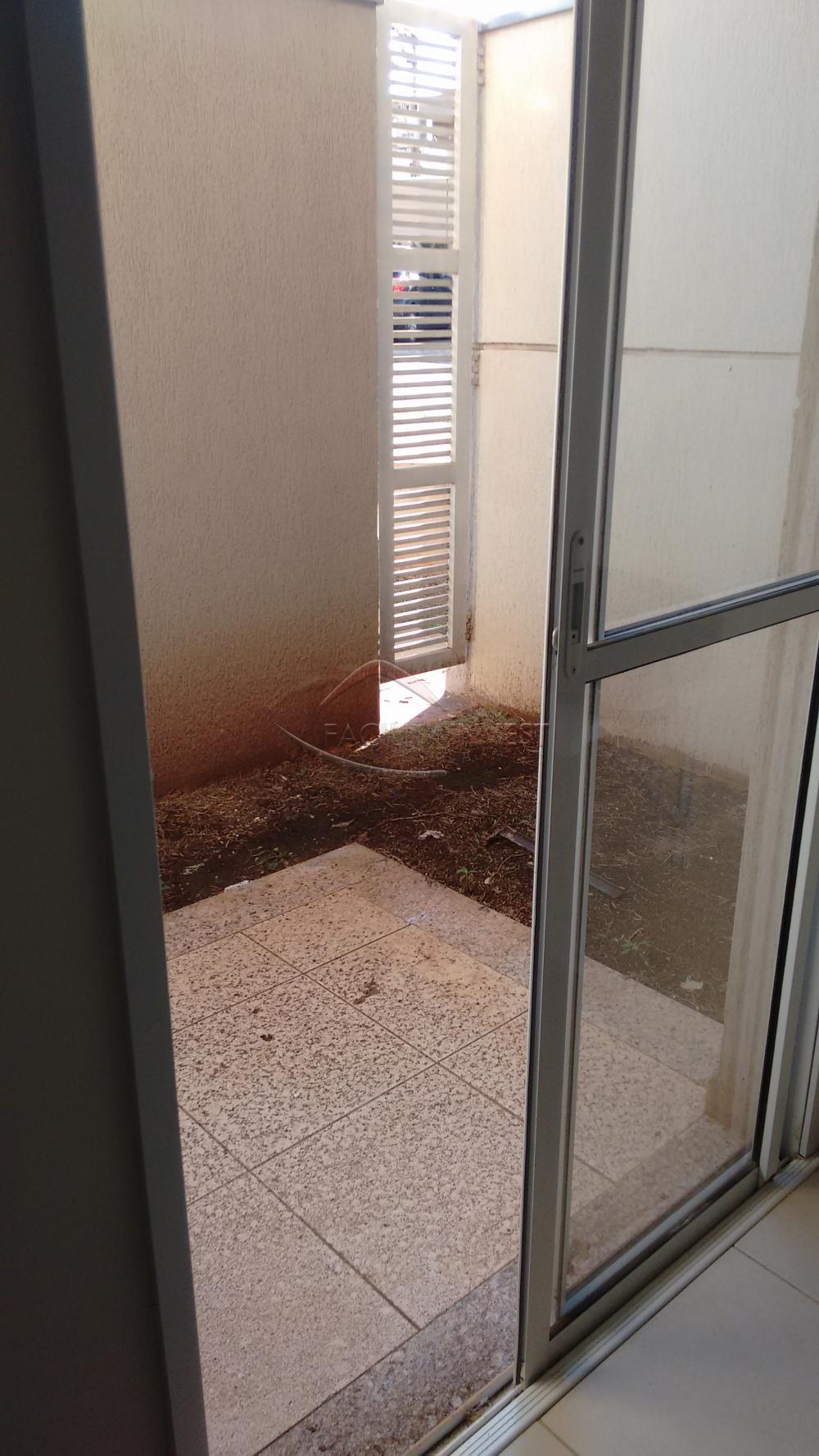 Alugar Apartamentos / Apart. Padrão em Ribeirão Preto apenas R$ 600,00 - Foto 2