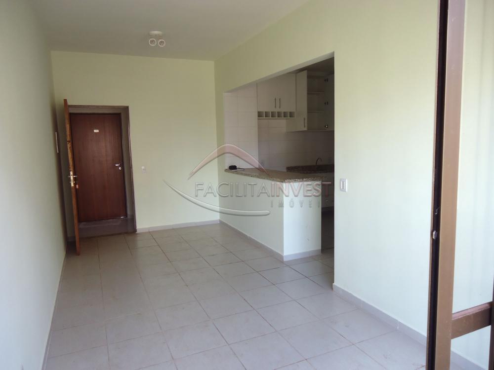 Alugar Apartamentos / Apart. Padrão em Ribeirão Preto R$ 1.200,00 - Foto 1