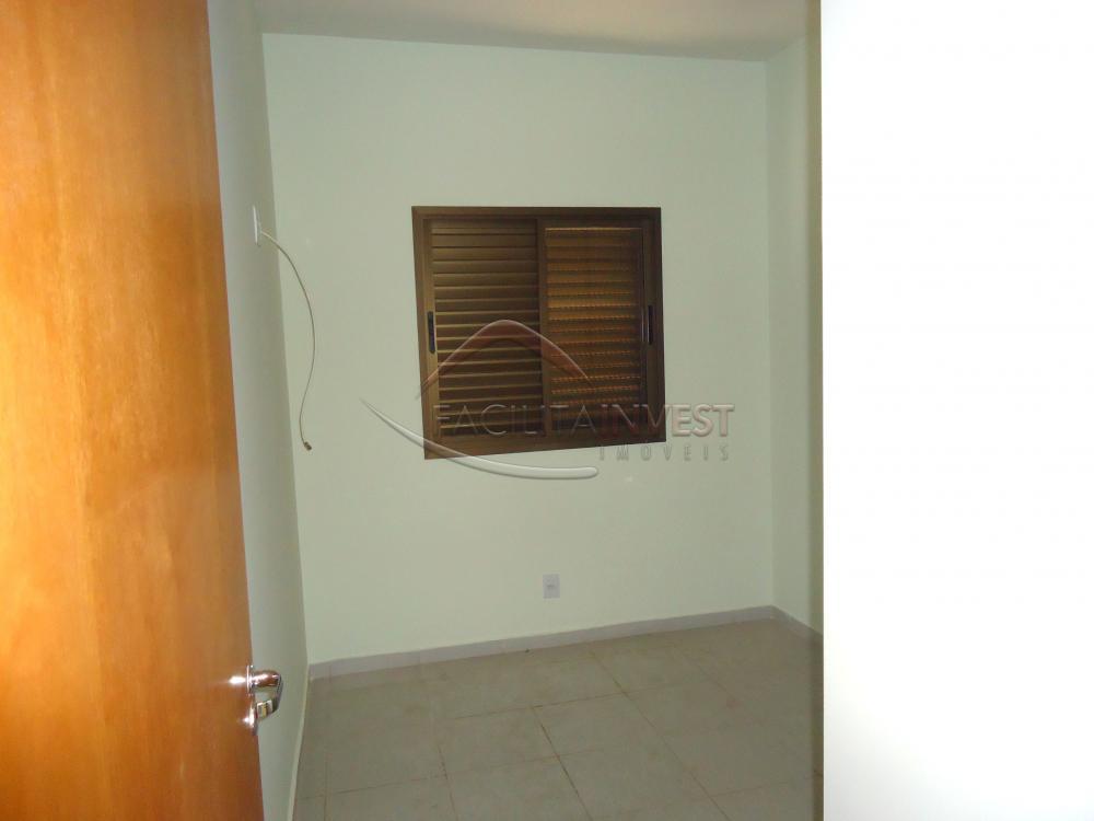 Alugar Apartamentos / Apart. Padrão em Ribeirão Preto R$ 1.200,00 - Foto 3