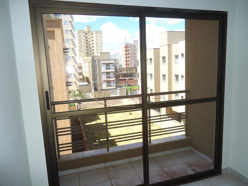 Alugar Apartamentos / Apart. Padrão em Ribeirão Preto R$ 1.200,00 - Foto 8