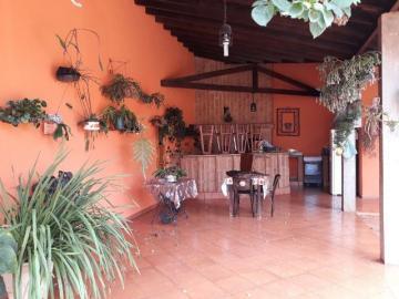 Cravinhos Jardim das Acacias Casa Venda R$900.000,00 3 Dormitorios 7 Vagas Area do terreno 300.00m2 Area construida 225.00m2